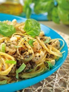 Linguine con pesce spada e mandorle - Spaghetti with sword fish and almonds #linguinealpescespada #primidipesce #spaghettiwithswordfish