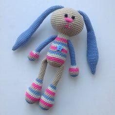 Зайка-попрыгайка  #заяц #зая #зайчик #игрушка #игрушкакрючком #игрушкаручнойработы #вяжу #вязание #вяжукрючком #связанослюбовью #сердечко #ручнаяработа #hare #rabbit #bunny #madewithlove #crochet #crochettoy #mysolutionforlife #weamiguru #greennadin_handmade