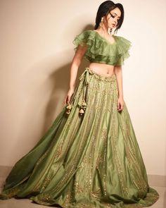 Waist Skirt, High Waisted Skirt, Lehenga Choli, Blouses, Skirts, Dresses, Fashion, Vestidos, Moda