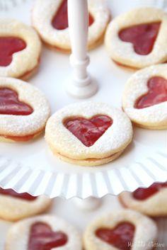 Ma petite patisserie: Galletas rellenas de mermelada para San Valentin