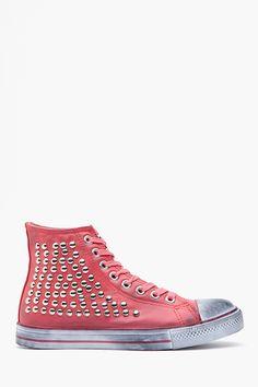 Hot Stud Sneaker in Pink
