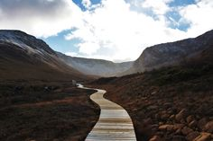 Hiking the Tablelands    Gros Morne National Park, Newfoundland & Labrador