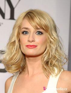 Beth Behrs Haircut Widescreen 2 HD Wallpapers