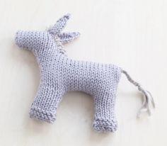 Baby Burro, knit free pattern download.