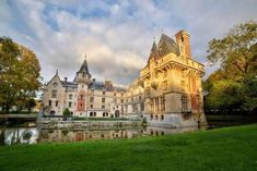 Because it was built in 1504, there were parts of the castle that were run-down. In 1867, it underwent a renovation where a chapel and a dungeon square were added.  | This Castle In France Is For Sale And It's Amazing