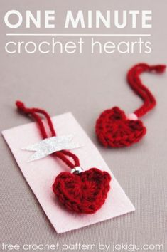one minute crochet heart - free crochet pattern - . one minute crochet heart - free crochet pattern - Always wanted to learn how to k. Marque-pages Au Crochet, Crochet Mignon, Stitch Crochet, Free Crochet, Crochet Hooks, Crochet Beanie, Crotchet, Valentine Crafts, Valentines