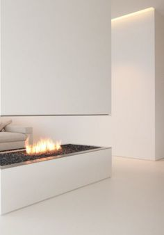♂ Minimalist design white fireplace Hi-Macs House by Karl Dreer and Bembé Dellinger