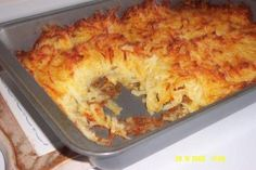 Lumberjack Hash Browns -Ingrediants: 40 ounces frozen shredded hash browns, about 13 Cups cup onion, chopped to about inch 1 cup cheddar cheese, shredded 1 cup monterey jack cheese, shredded teaspoon pepper teaspoon salt 1 ounce) can cream Potato Dishes, Potato Recipes, Chicken Recipes, Rice Dishes, Food Dishes, Breakfast Hash, Breakfast Recipes, Breakfast Ideas, Dinner Recipes