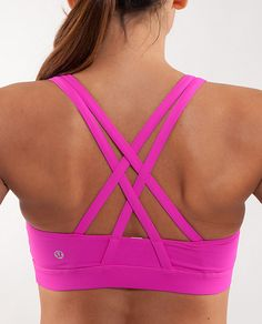 I want this sports bra