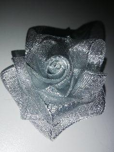 Ružička z lurexovej mašličky Bags, Fashion, Handbags, Moda, Fashion Styles, Fashion Illustrations, Bag, Totes, Hand Bags