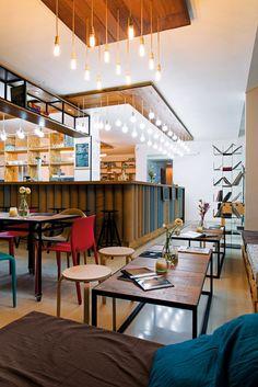 Plot & Coffee Shop: o cafenea inedită, interactivă Coffee Shop Design, Commercial Architecture, Architecture Design, Dining Table, Interior Design, Modern, Bucharest, Furniture, Shopping