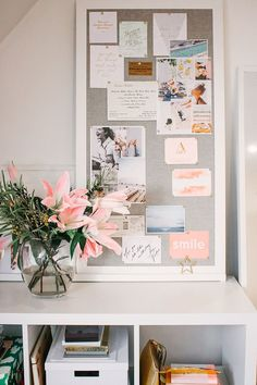 Kick Start Your Creative Inspiration With A Vision Board - Feel Inspired How To Stay Inspired Using Inspiration Boards, Creative Inspiration, Bullet Journal Vision Board, Tableaux D'inspiration, Goal Board, Creating A Vision Board, Creative Jobs, Visualisation, Home Office