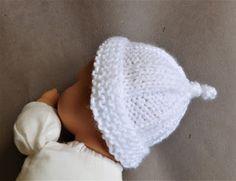 Three sizes newborn large premature medium premature inspired b Baby Mittens Knitting Pattern, Baby Hats Knitting, Free Knitting, Knitting Kits, Charity Knitting, Beanie Pattern, Knit Hats, Knitting Ideas, Baby Hat Patterns