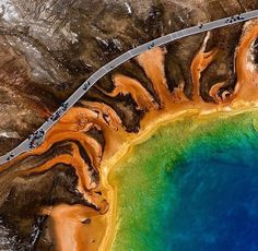 An radioactive like walkway at the Yellowstone National Park /// #travel #wanderlust