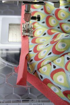 Biaislint rondom naaien - tutorial van Leven met Liv