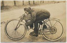 Proper Old skool motorbike – 1910's Pope #Motorbike