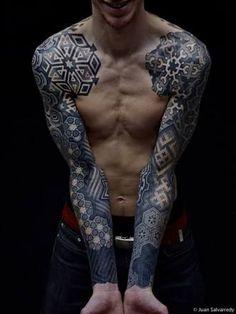 Výsledek obrázku pro geometric tattoo sleeves