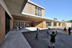 Gallery of School, Educative & Cultural Center / Marjan Hessamfar & Joe Vérons Architectes - 10