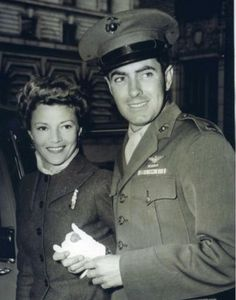 Tyrone Power with his wife, Annabella, 1943.