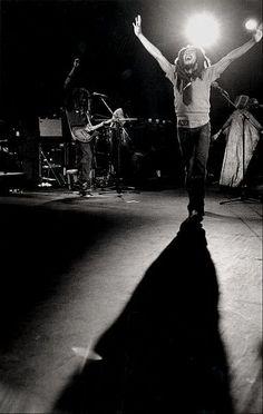 Bob Marley - Can't trust no shadows after dark