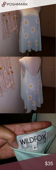 Wildfox Daisy Flower Print Tank in Mint Size S Wildfox Daisy Flower Print Tank in Mint Size S  In good condition Sheer Slightly longer in back than front Perfect print for festival season Wildfox Tops Tank Tops