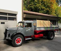 ▐ 1957, SAURER. Type-V2C, Truck •1♥11-12-2020• . #SAURER_Type_V2C Busse, Classic Trucks, Old Trucks, Cars And Motorcycles, Austria, Jeep, Germany, Nice, Vehicles