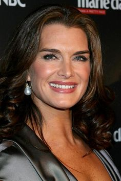 Brooke Shields - Lipstick Jungle Premiere In NY City 31-01