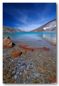 > The Emerald Lake Tongariro Crossing, Central Plateau, North Island, New Zealand