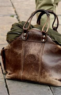 distressed leather carrier - so perfect for travel