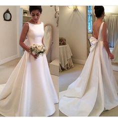 vestido minimalista