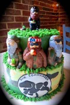 Duck Dynasty Birthday Cake  www.statesborosweets.com
