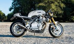 Suzuki GSX1100 Cafe Racer by Cafe Racer Customs #motorcycles #caferacer #motos | caferacerpasion.com