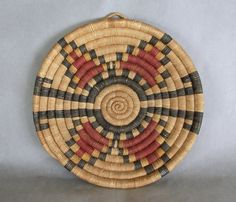 Old Hopi Second Mesa coil basket | Yucca and galleta grass.