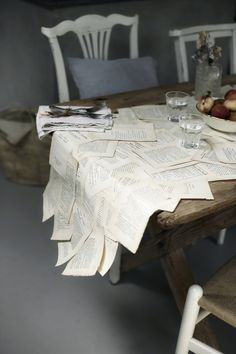 Beautiful table decor via Happyinterior blog