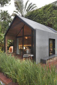 Minimal House Design, Minimal Home, Tiny House Cabin, Tiny House Living, Cabin Design, Tiny House Design, Design Design, Tiny House Exterior, Modern Barn House