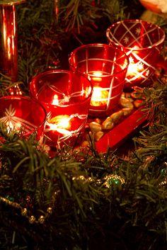 Red votives..... Noël Christmas décoration DIY Fêtes de fin d'année hiver