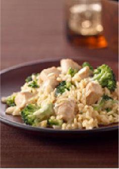 VELVEETA Creamy Chicken Broccoli Skillet – MIRACLE WHIP and VELVEETA make a creamy, cheesy sauce for this easy chicken and broccoli skillet dish.