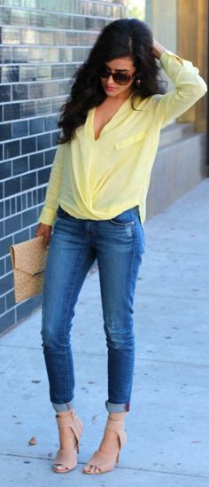 Spaz Outfit: Mellow Yellow