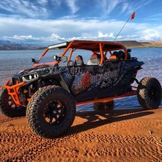 Our old shop 4 seater sitting next to the lake in sand hallow UT. Rzr 1000 4 Seater, 4 Seater Utv, Rzr Turbo, Turbo S, Polaris General, Can Am Commander, Polaris Rzr Xp 1000, Bone Stock, Beach Cars