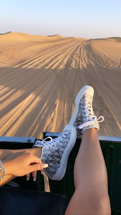 Aesthetic Shoes, Travel Aesthetic, Summer Aesthetic, Mode Outfits, Fashion Outfits, Rauch Fotografie, Hype Shoes, Instagram Story Ideas, Photo Dump