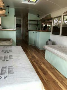 Perfect color scheme! converted bus | moving dreams