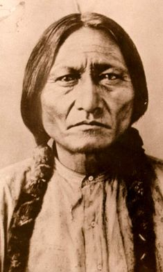 Native American Pictures, American Indian Art, Native American History, Native American Indians, Sitting Bull, Sioux, Native Tattoos, Famous Pictures, Native Indian