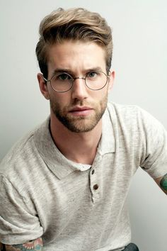 Nice best hairstyles for guys with glasses - Frisuren Ideen 2019 - Mens Glasses, Round Glasses Mens, 2017 Glasses, Men's Grooming, Beard Styles, Moustache, Haircuts For Men, Latest Haircuts, Men's Haircuts