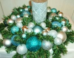 Silver and blue table center piece ... so gonna make this :)