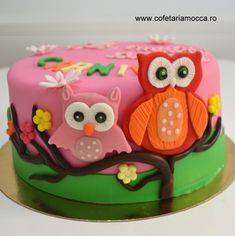 Colorful owls cake for girl anniversary party Mocca, Girl Cakes, Anniversary Parties, Birthday Cakes, Owls, Colorful, Party, Desserts, Food