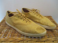 AUTHENTIC 60s 70s era VINTAGE GOLD KEDS SNEAKERS womens pointy toe SIZE 8-1/2 #Keds #Athletic