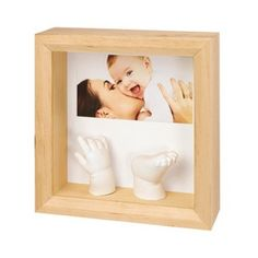 Photo frame and casted baby hand and foot- adorable!