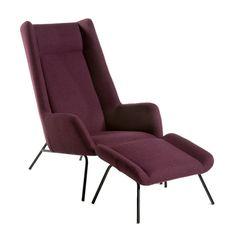 Le goût français L'inspiration années 1950 Fauteuil et repose-pieds Munnar à structure en acier et multipli, revêtement en flanelle de laine et polyamide (AMPM)