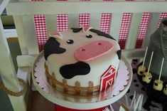 Farm Birthday Party Ideas | Photo 1 of 17