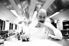 Il lavoro di squadra è fondamentale per assicurare ai commensali un esperienza unica ed emozionante servita a tavola. Tutto deve funzionare alla perfezione e ogniuno deve dare il massimo: l'entusiasmo e la concentrazione sono un must! #backstage #kitchen #passion #hardwork #lovemyjob #Amistà33 #byblosarthotel #chef #cheflife #backstage #openingsoon #luxury #food #cucinaitaliana #michelin #verona by marcoperezchef